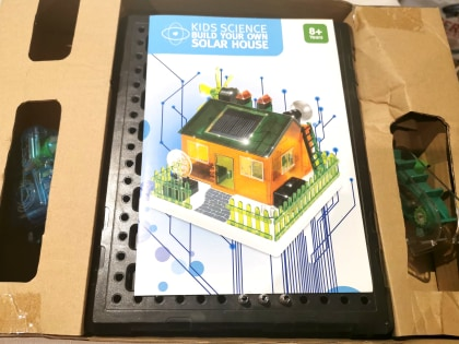 Solar House kids science project